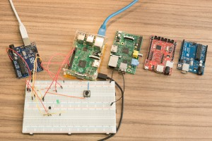 Reaktionstest Vergleich Raspberry Pi 2 Windows 10 Net Micro Framework  Arduino